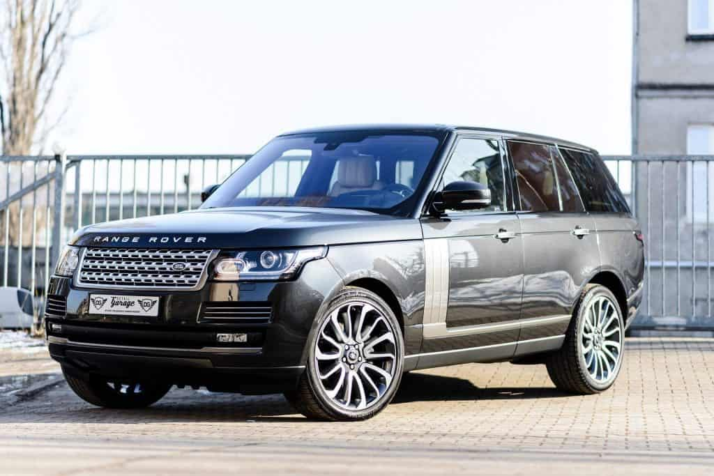 Range Rover - Great Option for Buying a Family Car
