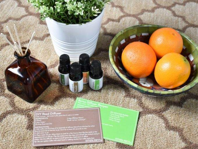 Simply Earth March Box Review - Reed Diffuser (1)