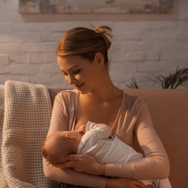 How to reintroduce breastfeeding after pumping