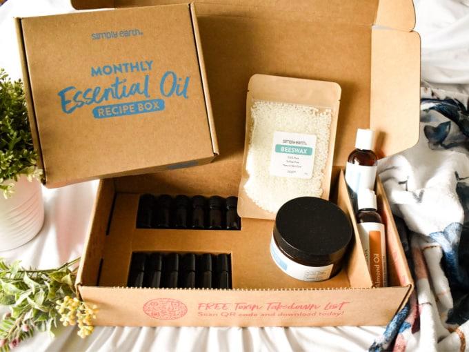 Simply Earth Bonus Box