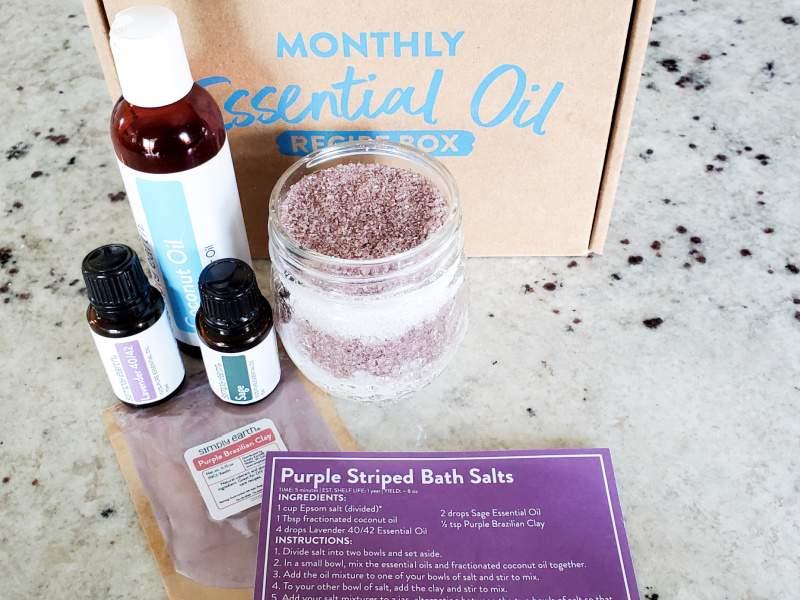 Simply Earth August Recipe Box 2021 - Purple Striped Bath Salts (1)