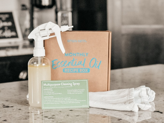 Simply Earth October 2021 Recipe Box -Multipurpose Cleaning Spray